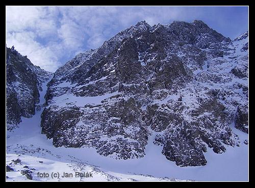 Gerlachovský štít (2663 m). Vlevo Krčmářův žlab.