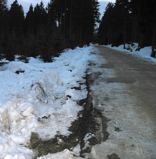 Jak rozjezdili Jizerky při stěhování sněhu