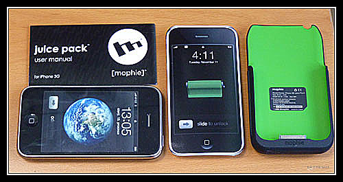 Manuál, skutečný telefon, papírový telefon a JuicePack, foto Petr Jandík