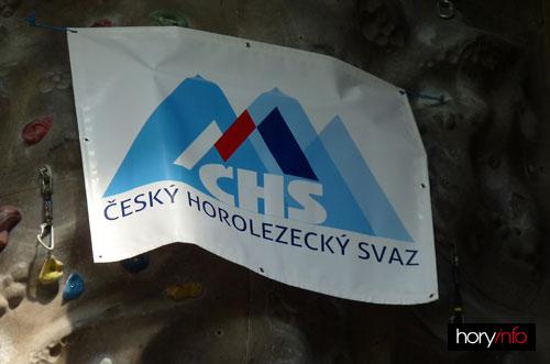 Logo ČHS- zavěšením se ze dvou vrcholů staly dvě bradavky
