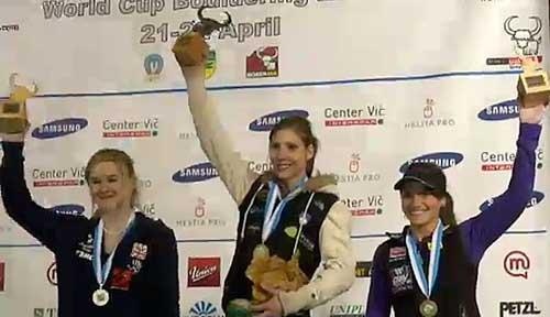 Vítězné ženy Shauna Coxsey, Mina Markovič a Ana Stöhr