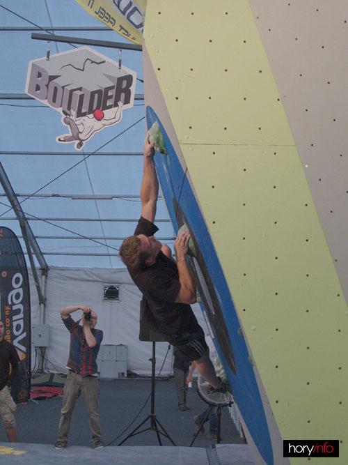 Boulder X, Tomaso Greksák na jedničce