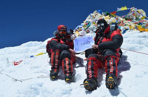 Jan Morava z Kanady a Vít Morava z Čech na vrcholu