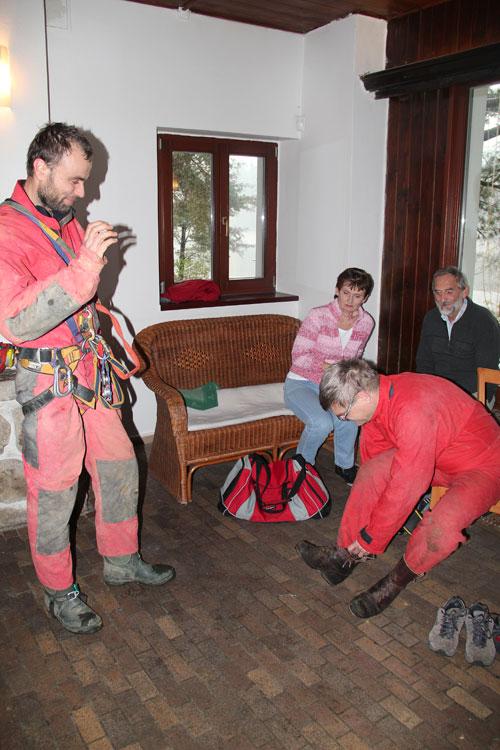 Příprava na praktický workshop – lezení vertikál pomocí jednolanové techniky