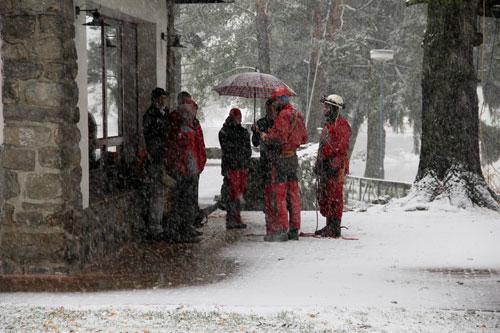 Teoretická příprava na workshop jednolanových technik probíhala v hustém sněžení