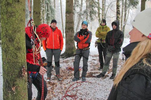 Záchrana při nehodě v lezeckém terénu v podání Martina Honzíka