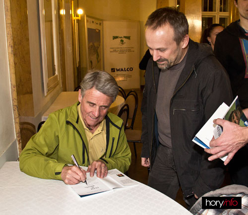 i Marek Cerman si odnese podepsanou knihu Petera Habelera