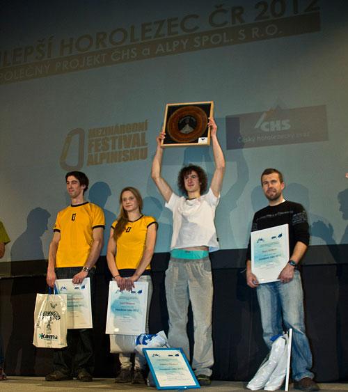 V anketě Horolezec roku zvítezil Adam Ondra před Pavlem Vrtíkem a milanem Doležalem, třetí místo si odnesli Lucka Hrozová a Mirek Matějec