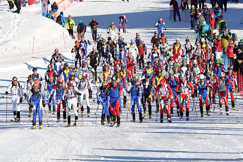 Start závodu jednotlivců - Individual race