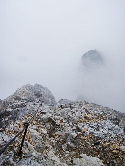 Mlha přidávala na dramatičnosti