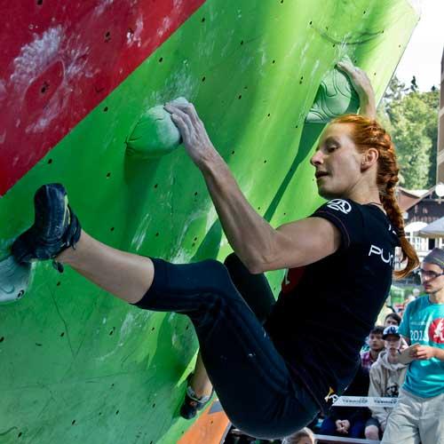 Nelly Kudrová, boulder 1