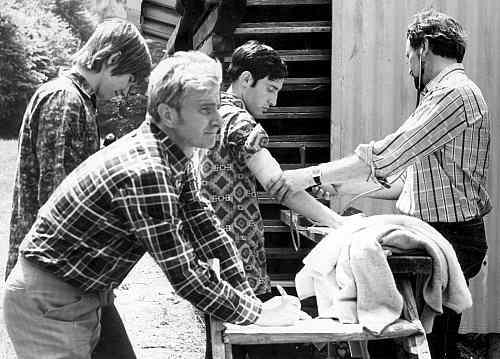 Mirčan jako trenér repre roku 1975: zleva Andrej Belica, Mirčan, Igor Koller, Dr. Chládek