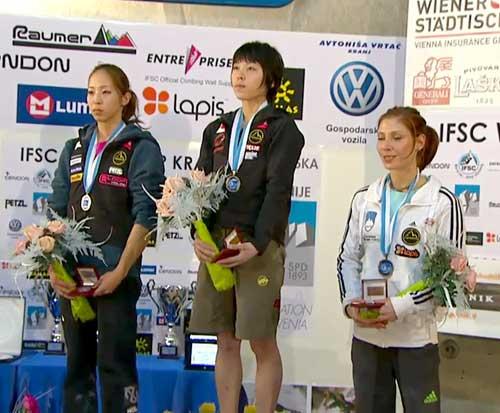 Vítězky závodu Akojo Noguči, Momoka Oda, Jan Kim