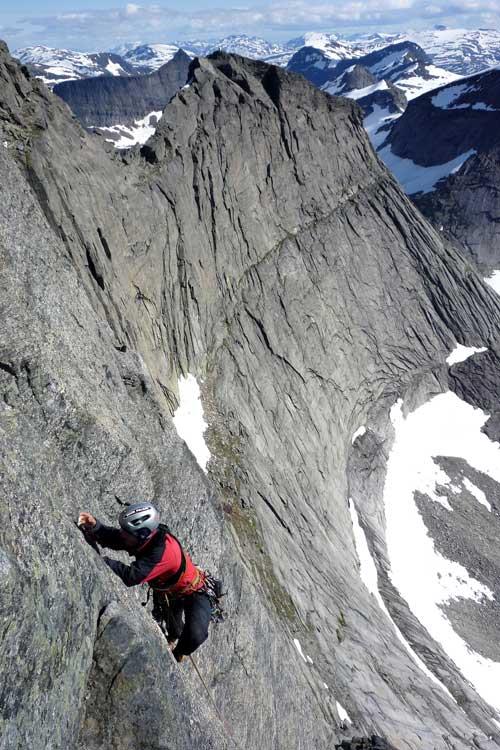 Výstup na národní horu Norska, Stetind