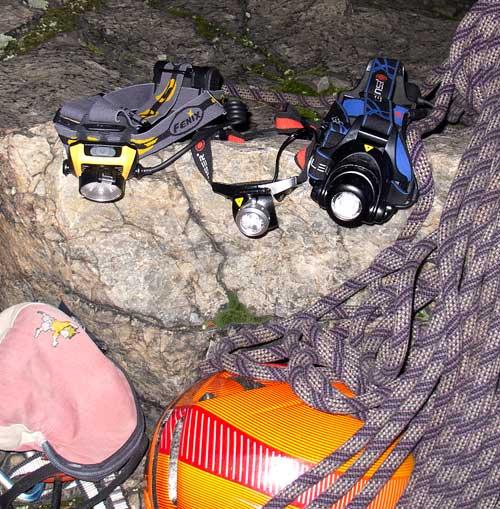 Noční test v Šárce, zleva HP 15, LED Lensser modely H7 a H14
