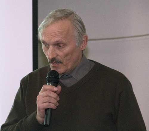 Kebrt navrhuje nechat instruktorům nad 50 let průkaz doživotně