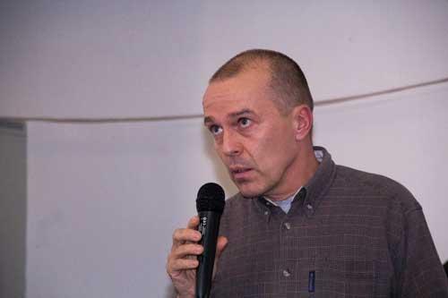 Pražský zástupce lektorů odmítá měnit temíny kurzů