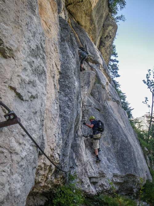 Kletersteig Echernwand - Poslední skalky a převísky jsou už v pohodě