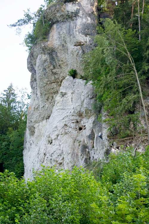 Wolkensteiner Wand má až 45 metrů