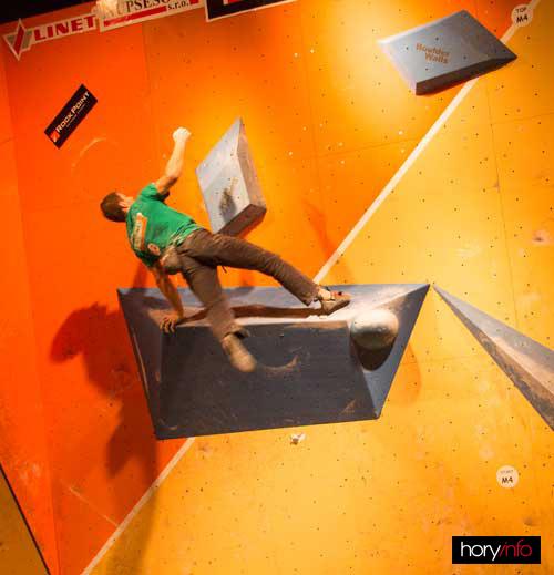 Štěpán Stráník bojuje s gravitací