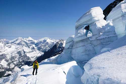 Sérak a trhliny ledovce