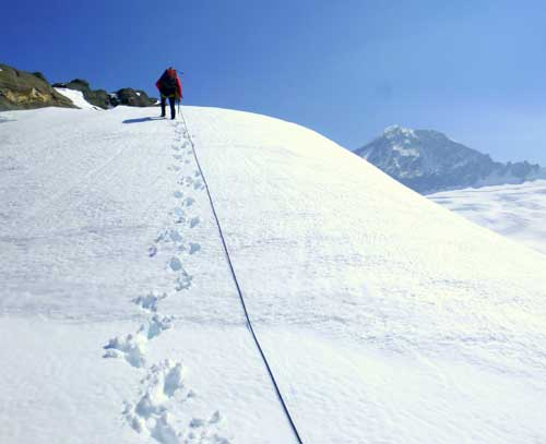 Cesta k vrcholu (v pozadí mt. Aspiring)