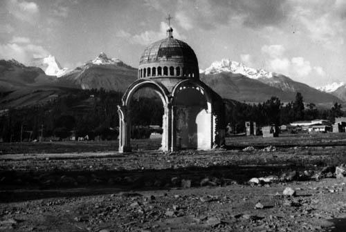 Peru 72, zničený kostel