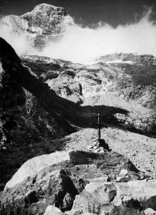 Peru 72, kříž pod Huascaránem