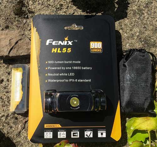 Balení Fenix HL 55 a přídavný akumulátor s nabíječkou