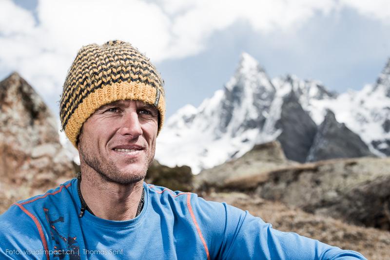 Expedition - Stephan Siegrist im Basislager. Im Hitergrund der - inzwischen tief verschneite - Tupendeo.