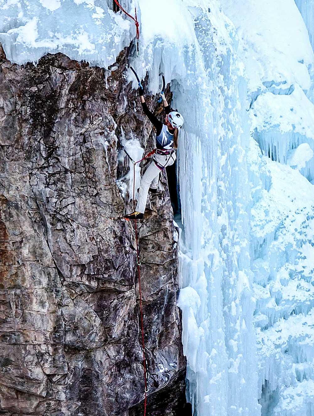 Ze skály opět do ledu