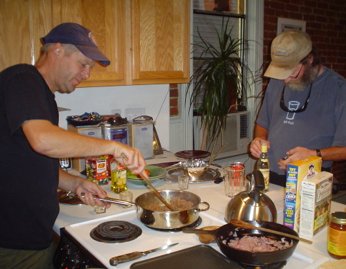Allen dobrej kuchař a Peter FinUp Gallagher, Denver 2007