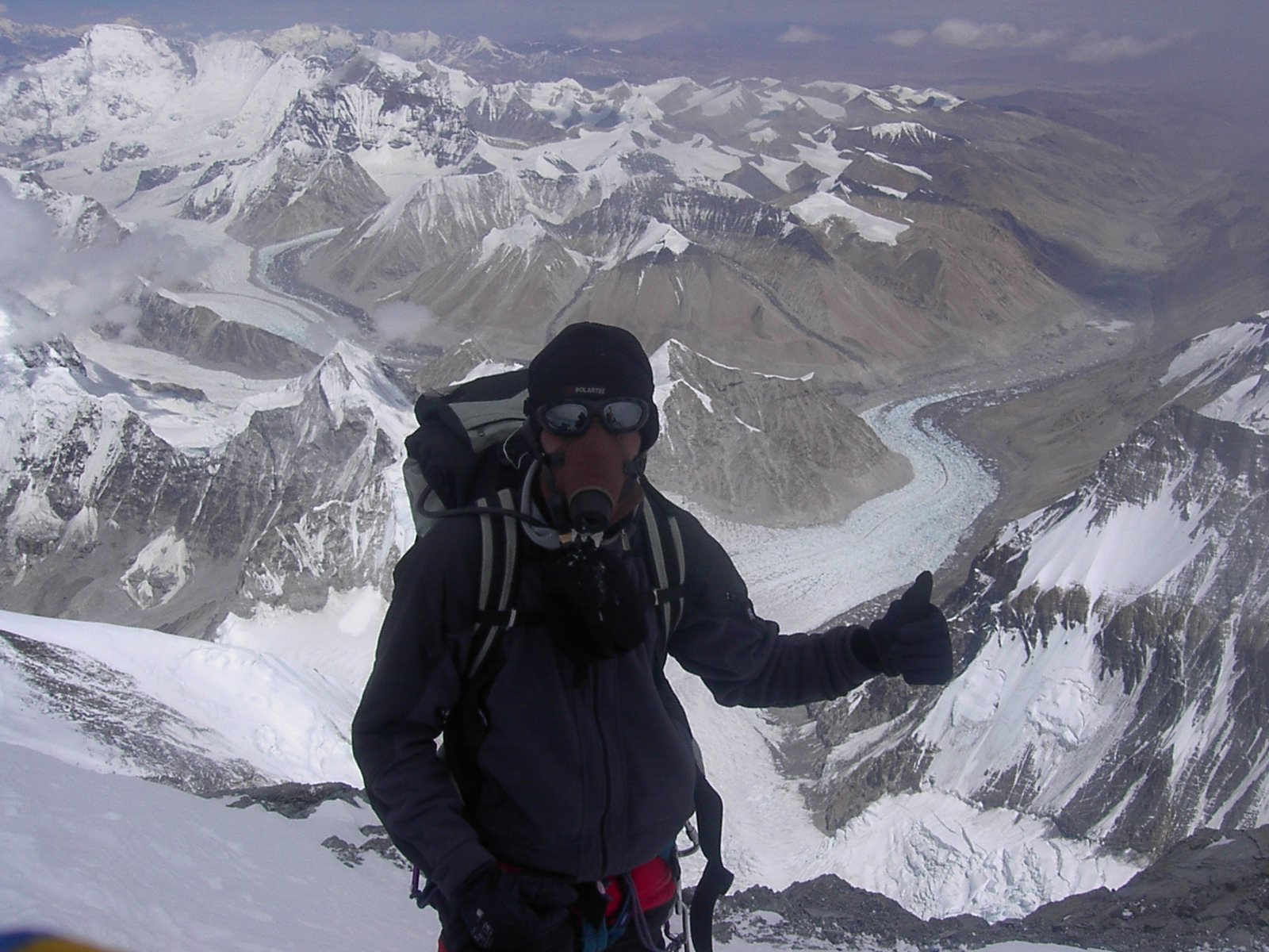 Snímek z vrcholového hřebene, 19. 8. 2005, 13:30:49