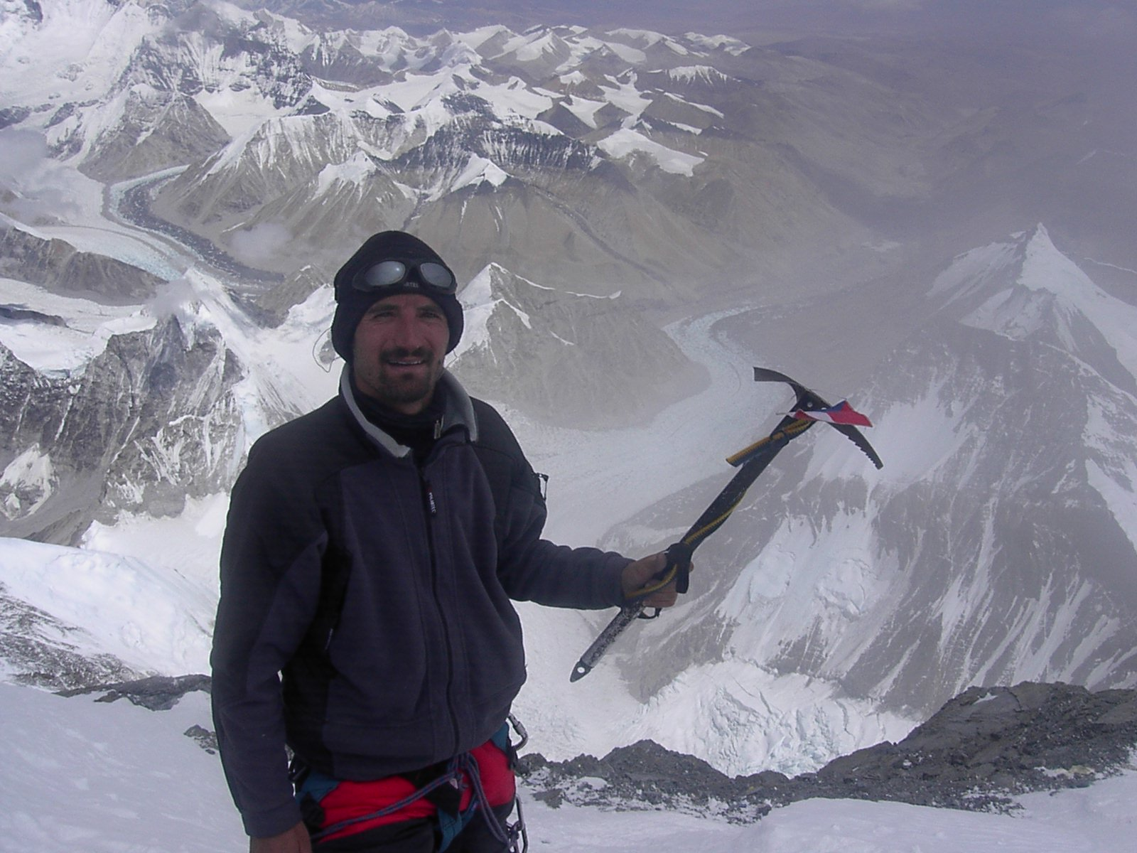 Snímek z vrcholového hřebene, 19. 8. 2005, 13:32:48