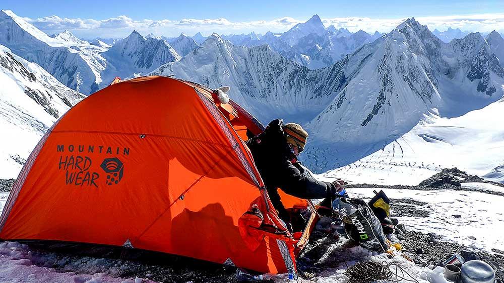 Sedlo v 7100 metrech jen pro nás, čili luxus…