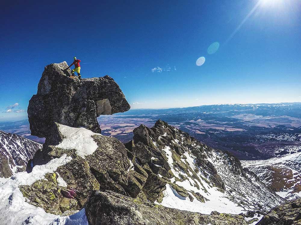 Bouldering na vrcholu Končisté