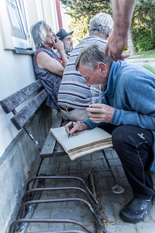 Pepíno Nežerka se zapisuje Žížovi do kroniky