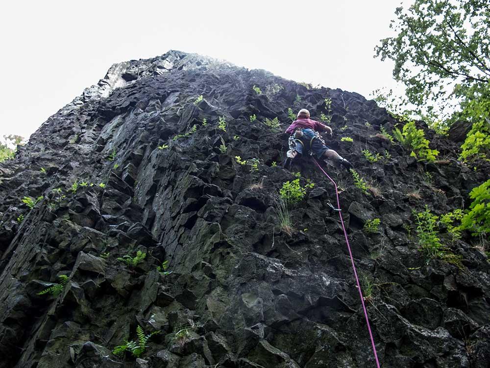 Hold německým lezcům