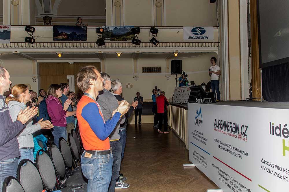 Standing ovations pro Ondru