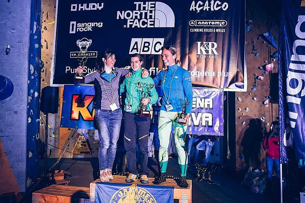 Vítězky zleva: Maja Šustar, Angelika Rainer, Marianne van der Steen