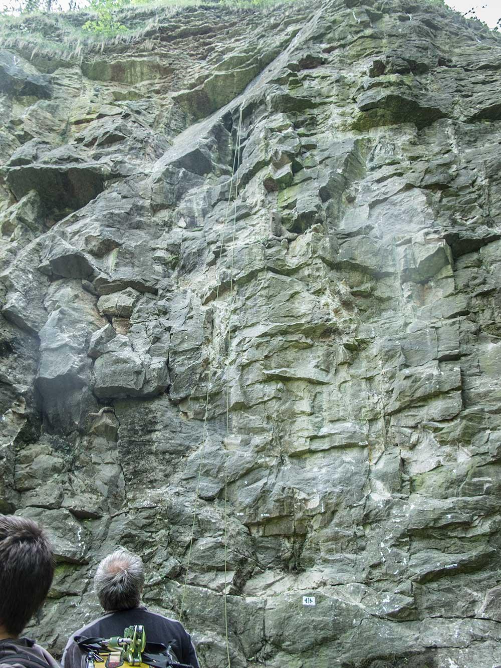 Stěna u vodopádu