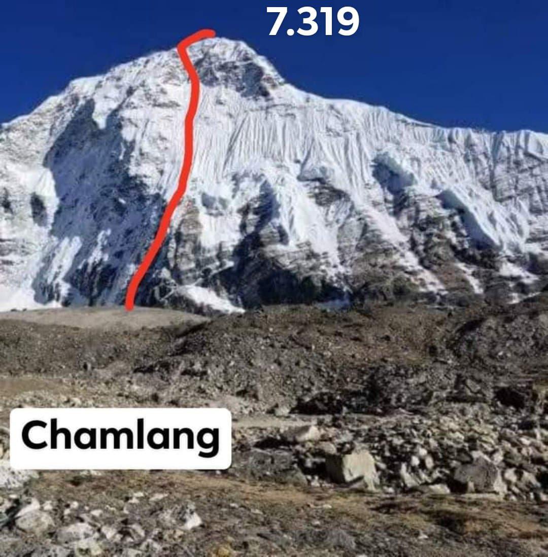 Parádní prvovýstup dua Mára Hook na Chamlang