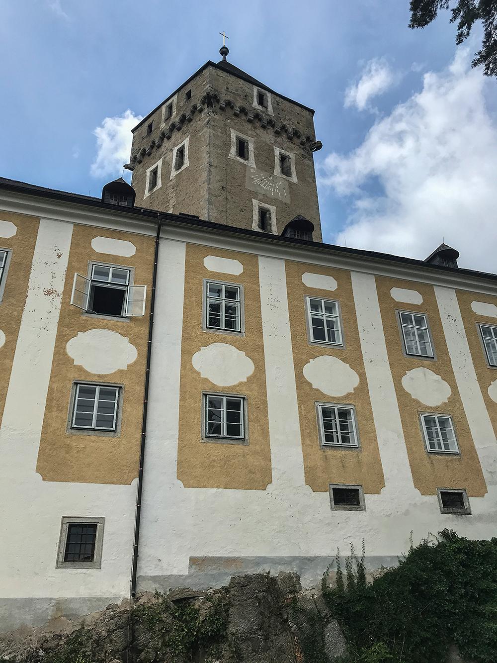 Neuhaus, nový zámek