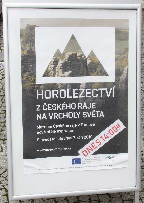 Plakát na ulici