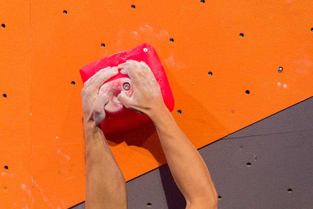 Jak si v převisu vyměnit prsty ve dvouprdě: tohle nefumgovalo