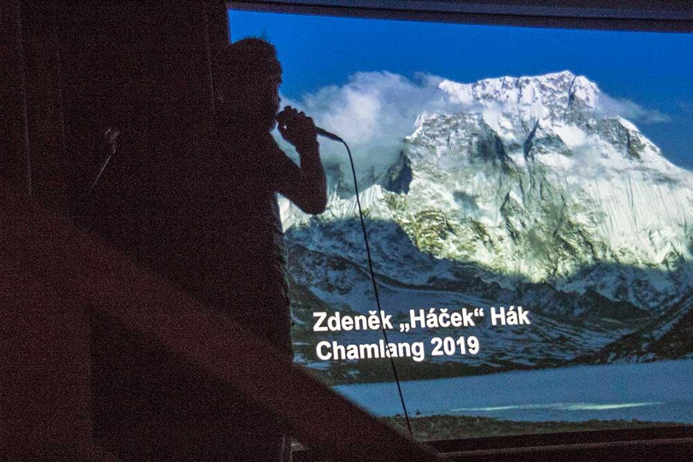 Háčkova přednáška o Chamlangu