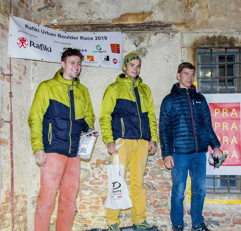 Vitězové Zlagboard Contestu Ondřej Hlinka, Daniel Svoboda a AdamLibor Kadeřávek
