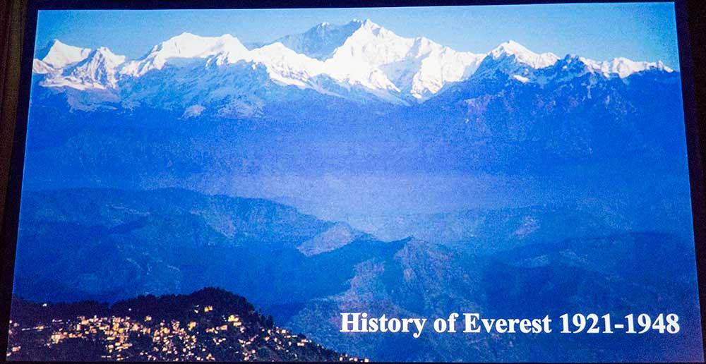 Historie výstupů na Everest