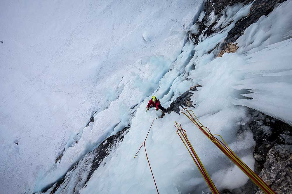 Na výlezu se ještě pár metrů v ledu naleze