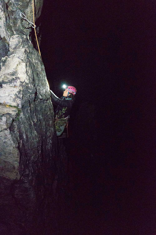Noční lezení
